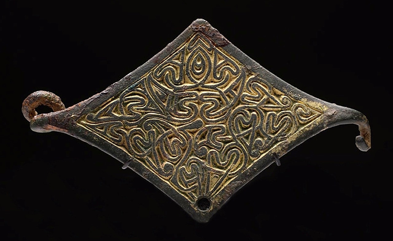Gilt bronze Anglo-Saxon brooch. Late 8th century.