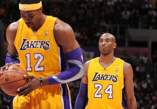 Kobe Bryant, Dwight Howard almost came to blows in Los Angeles Lakers locker room (photo by Andrew D. Bernstein / NBAE / Getty Images via SI.com)