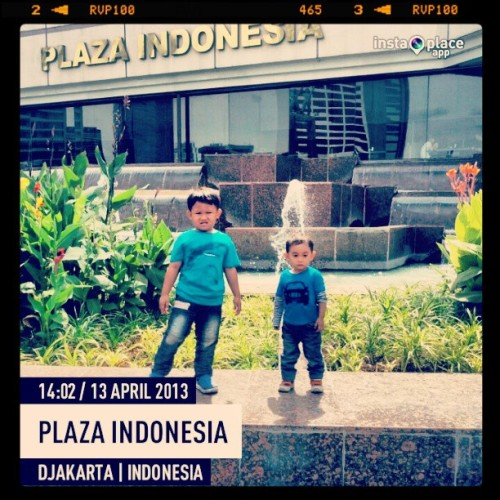 Leisure time ^_^ (at plaza indonesia)