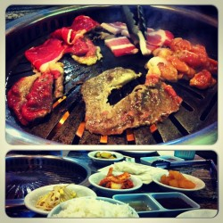 Oh, how I've missed you 😍 #koreanbbq #kbbq #foodporn #instafood #igfood #instagood #instamood #leftmyphonethere #brisket #porkbelly #chicken #bomb
