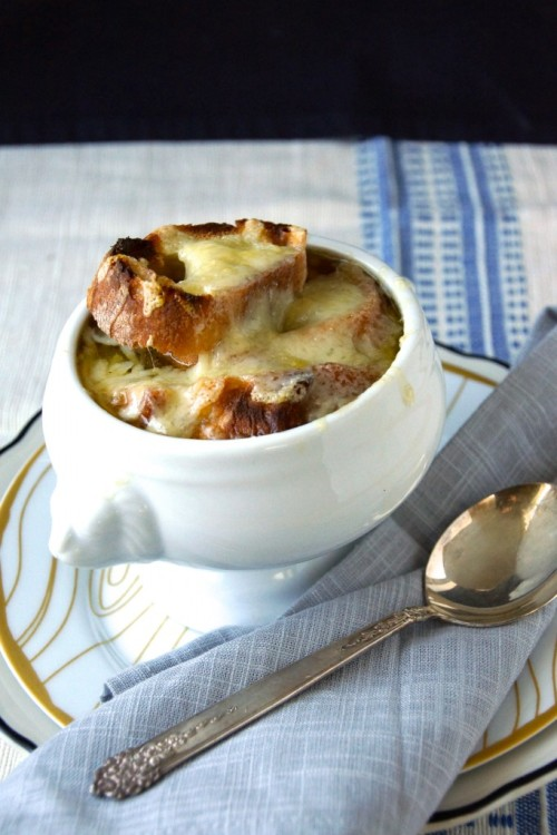 foodopia:  classic french onion soup: recipe here