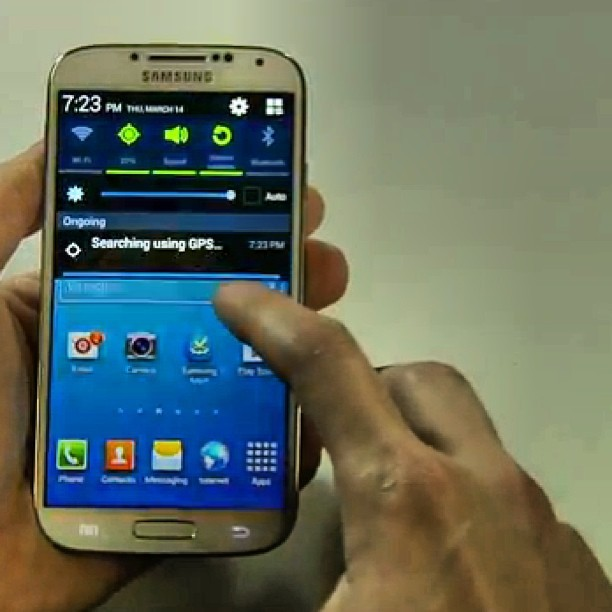"The Samsung Galaxy S IV. It comes in ""black mist"" and ""white frost"" (shown). Liveblog at arstechnica.com.  #samsung #tech"