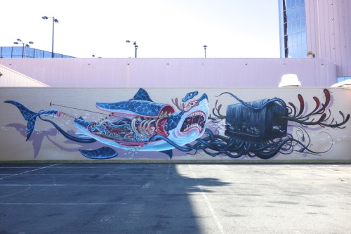 supersonicelectronic:   Pow Wow Hawaii - Nychos & Jeff Soto Nychos (On the left above) and Jeff Soto's (On the right) contribution to this year's Pow Wow Hawaii.