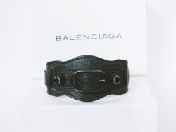 streetrush-louise:  My Balenciaga Bracelet