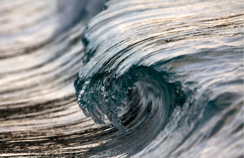 Delicate Details Produced by Powerful Ocean Waves Katie Hosmer, mymodernmet.com Fascinated by the ocean, photographer Pierre Carreau is naturally drawn to the study of waves, their essence, their movement, and their shape. All of his work features the energetic life of the ocean as it crashes onto the shores, with every…  Beauty & power