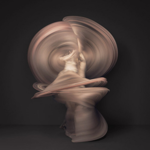 gaksdesigns:  Time-lapse Images of Nude Dancers Created with 10,000 Individual Photographs by Photographer Shinichi Maruyama