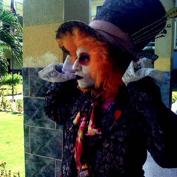 #MadHatter #LoveHim #Cool (Photo taken and uploaded via MOLOME )