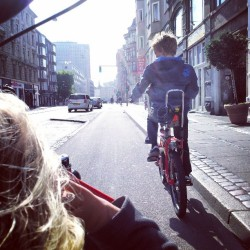 copenfuckinghagen:  The Kids on wheels. #cyclechic #copenhagen #bike