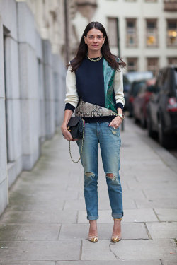 PERFECT SWEATER As seen on Stylebop.com Fashion Director Leila Yavari this LFW. (source: Harper's Bazaar US)