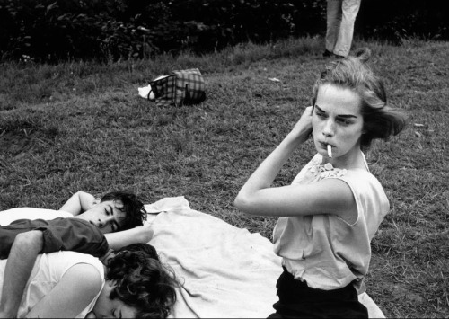 iznogoodgood:  Brooklyn Gang 1959, by Bruce Davidson