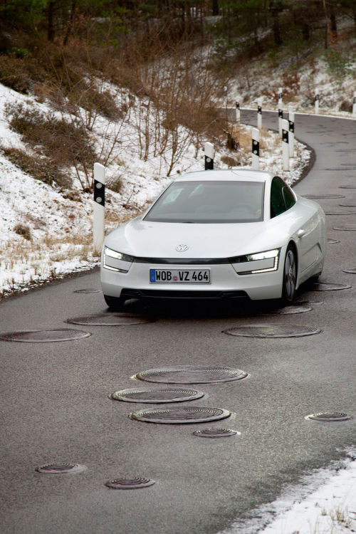 2013 | Volkswagen XL1 Production Version | Road Testing | Source