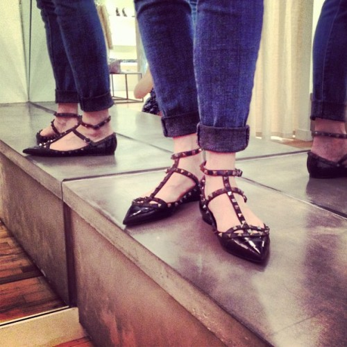 Our stylist @lmcstyle is obsessed with her new #Valentino studded eel flats found at @shopcurve SF