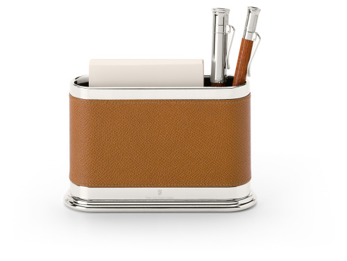 The calfskin pen holder with notepad from Graf von Faber-Castell.