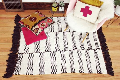 DIY woven rug via A Beautiful Mess
