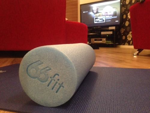 Foam roller and Star Trek - TNG, hey I never said I was one of the cool kids I've had this foam roller for a while but have never used it. After some brief googling and YouTube(ing?) I set to work. Crickey. No grown man should make the noises I made when rolling my IT band. Whose sick twisted idea was this….