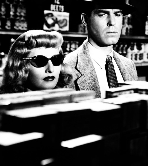asaucerfulofcobras:  Double Indemnity/Wilder/1944