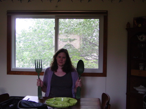 When I was in CO last summer, I bought a giant fork and spoon, and I totally forgot to tell you about it. It was the same day I found The Tree House of Awesome. That was quite an impressive goodwill I was wandering around, for hours. I looked at everything twice. Somewhere in my piles of digital photography I have a picture of a kilt-y romance book cover that I'm sure ~ everyone ~ has read.