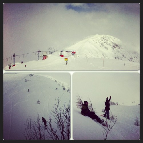Just another great spring pow with friends. (at Vrh Krvavca)