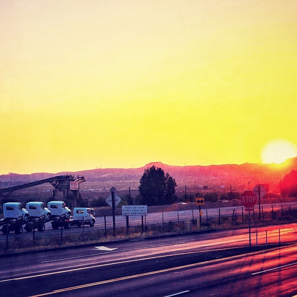 Sundown on the highway from #palmsprings to #losangeles