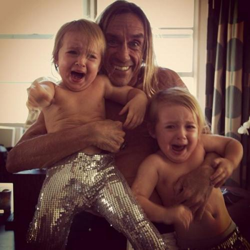 marklisanti:  It's not kidnapping if you give them sequined pants.  Well this is the greatest thing ever
