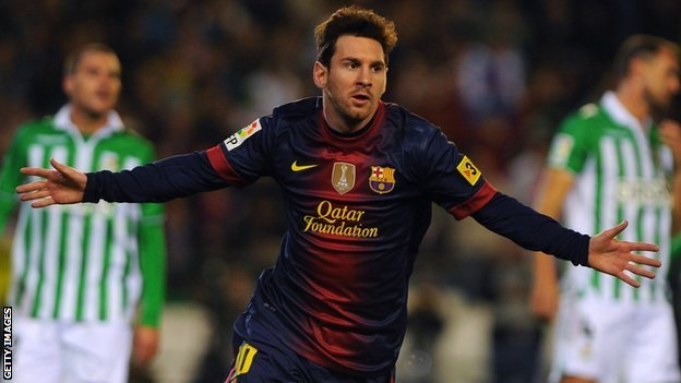 breakingnews:  Lionel Messi of Barcelona sets new goal-scoring record BBC Sport:  Barcelona's Lionel Messi set the record for most soccer goals in a calendar year by scoring his 86th goal of 2012. The 25-year-old Argentine overhauled Gerd Mueller's 40-year-old record of 85 goals in a calendar year. Photo: Getty Images