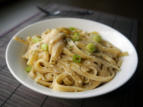 veganfeast:  2013-03-21 - TOE Fettuccine Alfredo - 0002 by smiteme on Flickr.Yes!