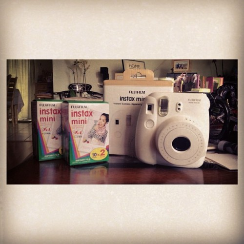 My instax mini finally came in. My reward to myself for a good winter quarter. ☺📷😍 #Pretty #FujiFilm #Instax #Camera #Polaroid #Reward #Amazon #HellYeah #SoExcited #Omg #SpringBreak #ImSoDumb #IShouldHaveBoughtItBeforeSpringBreak #Mini #TimeForSomeHipsterPictures #Expensive #Waaah