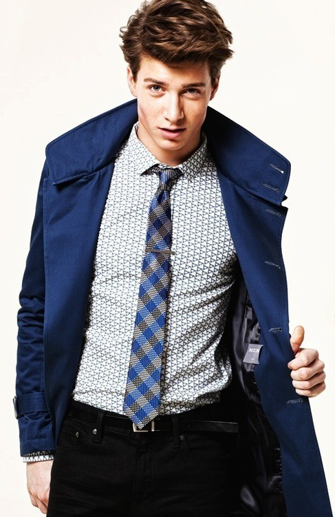 In this outfit, I like the mismatched patterns on the shirt and tie
