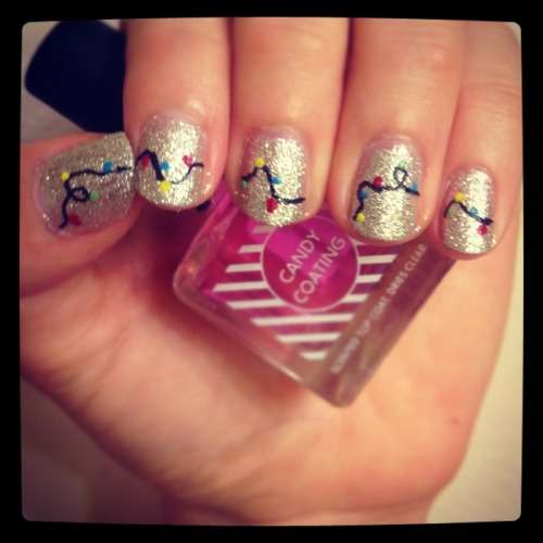 Nails Of The Day: NAILS OF THE DAYby From Our Readers  http://bit.ly/Y8w5BT