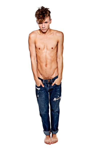 just-a-twink:  Max Ryder, Shirtless in Cuffed Jeans, Bare Feet