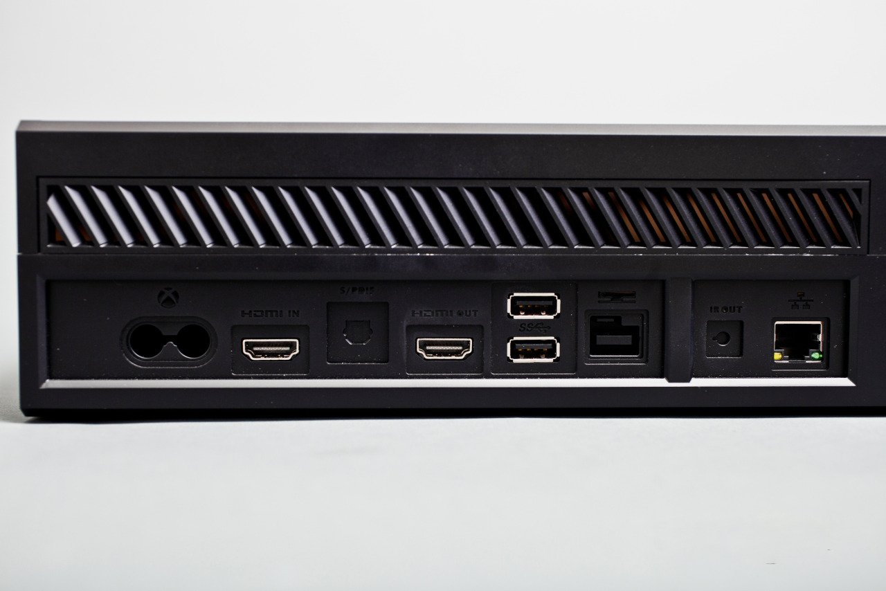 "gamefreaksnz:  Microsoft unveils next-gen Xbox One  Microsoft has unveiled Xbox One, the latest video gaming console it believes will ""transform games, TV and entertainment for the 21st century living room""."