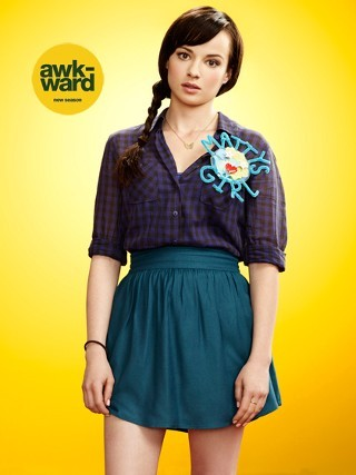 I am watching Awkward.                                                  3090 others are also watching                       Awkward. on GetGlue.com