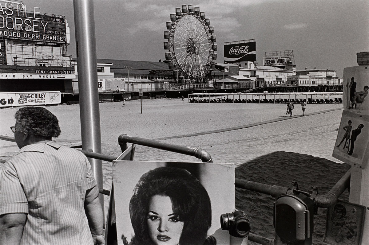 Lee Friedlander - Atlantic City, New Jersey, 1971 via Art Blart