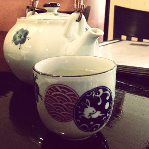 | Ginger Tea at Sushiya Japan | (via Pic Of The Day – April 25, 2013)