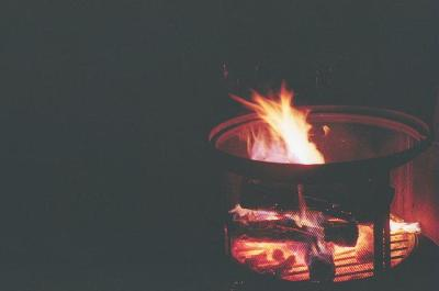 baker-94:  Bon Fire by allycampbell on Flickr