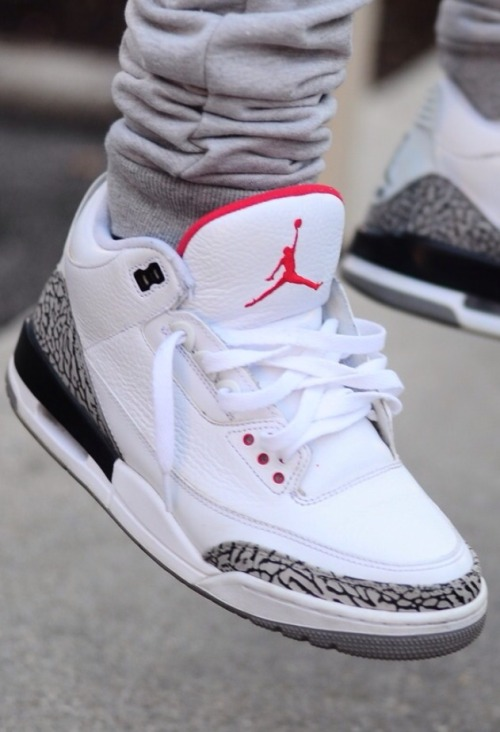 phuckindope:  Jordan white cement 3s