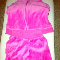 I just added this to my closet on Poshmark: Hot pink velour jump suit newborn. (http://bit.ly/107GlyW) #poshmark #fashion #shopping #shopmycloset