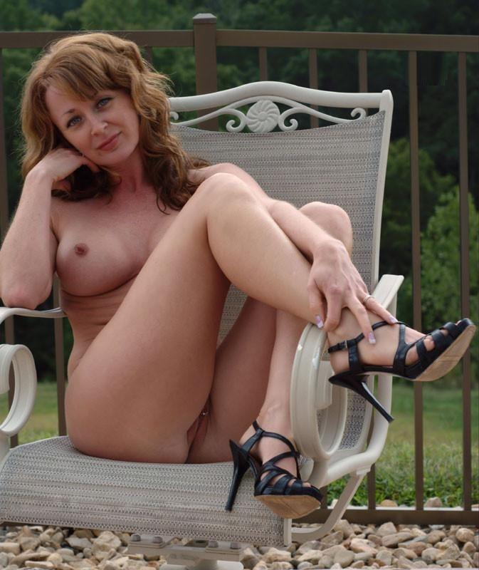 best-milfs:  Follow my twitter for awesome MILFs @BEST_MILFS  Mature Fuckers - MILF's, Matures and Grannies - Also on Twitter!