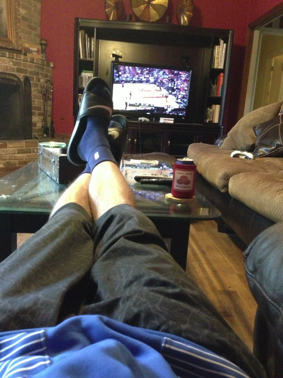 Straight chilling on this fine Sunday. Heat vs Bulls, fat tire and bowls