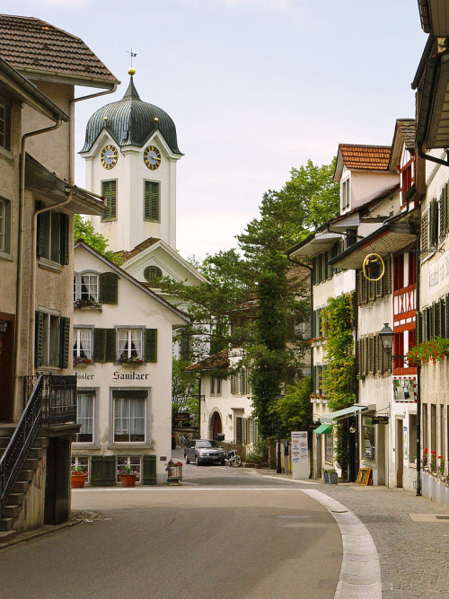 travelingcolors:  Grüningen Main Street | Switzerland (by Tambako the Jaguar)