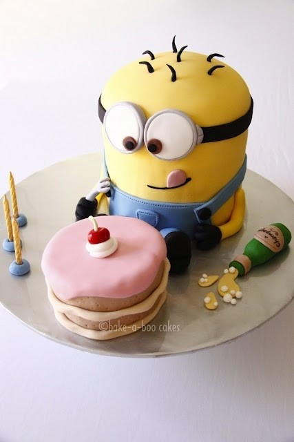 theperksofbeingateenagers:  Minion Cake!!! on We Heart It. http://weheartit.com/entry/40869712