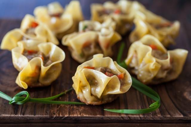 (via Curried Beef Dumplings | Steamy Kitchen Recipes)