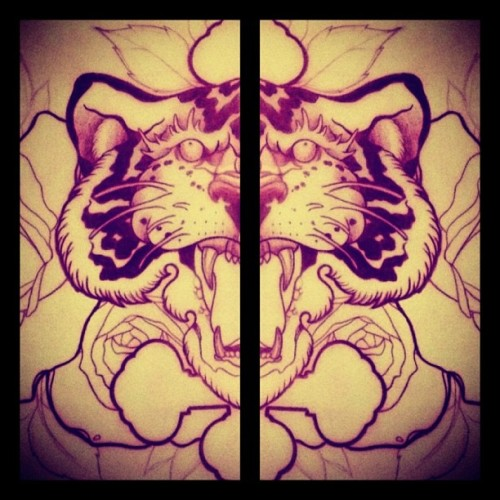 Tiger Chest Project come back available!!! Any interested?!? Write me at elnigrotattoo@gmail.com for info and booking!!! #london #londontattoo #tattoo #tattoolondon #shoreditch #sketch #chest #project #elnigro #eastlondon  (at Shoreditch)