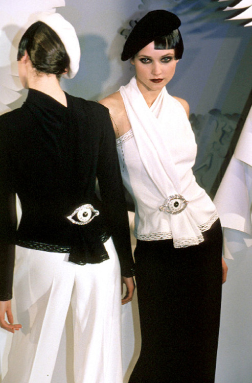 free-galliano:  Dior Haute Couture by John Galliano Spring–Summer 1999
