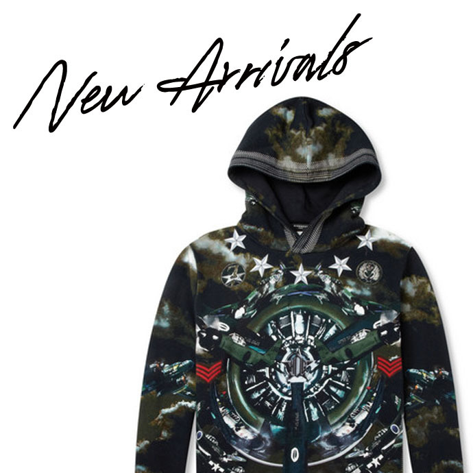 New Today | Shop over 170 new arrivals from Givenchy, Alexander Wang, Saint Laurent, Etro & more > http://mr-p.co/0ZtVx7