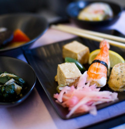 Sushi at 35,000 feet by jrodmanjr on Flickr.