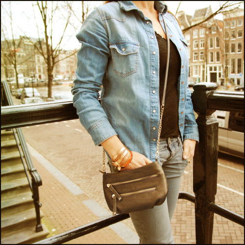 Sean - The perfect bag for a lunch date or a night out!