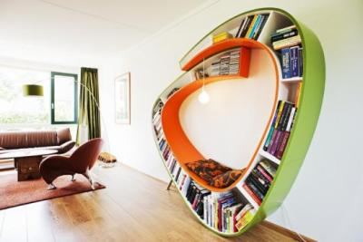 (via Curved Bookcase by Atelier 010 - Bookworm | Captivatist)