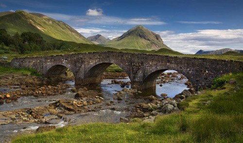 wanderthewood:   Sligachan Bridge, Isle of Skye, Scotland by S i m o n . M a y s o n