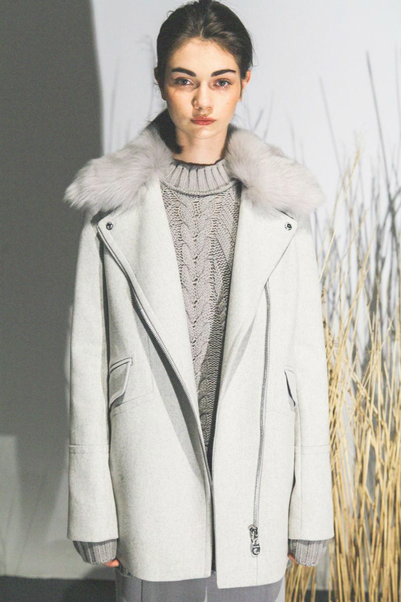 sfilate:  Antonina Vasylchenko at Calvin Klein F/W 2013 Presentation